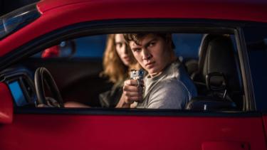 『ベイビー・ドライバー』は久しく心底楽しめたクライム・アクション映画!ネタバレありで観どころを紹介
